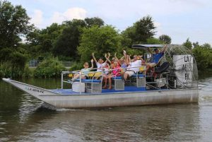large group airboat swamp tour